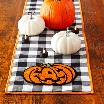 Jack-O'-Lantern Check Table Runner