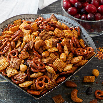 Cranberry Spiced Snack Mix