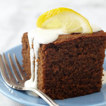 Gingerbread Cake with Yogurt Cream